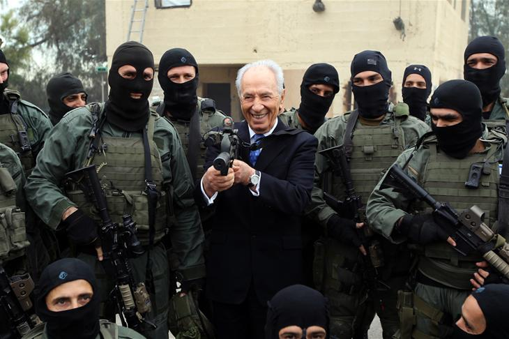 shimon-peres-kcl-will-not-revoke-honorary-doctorate-original
